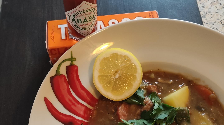 Linsensuppe Tabasco Sauce